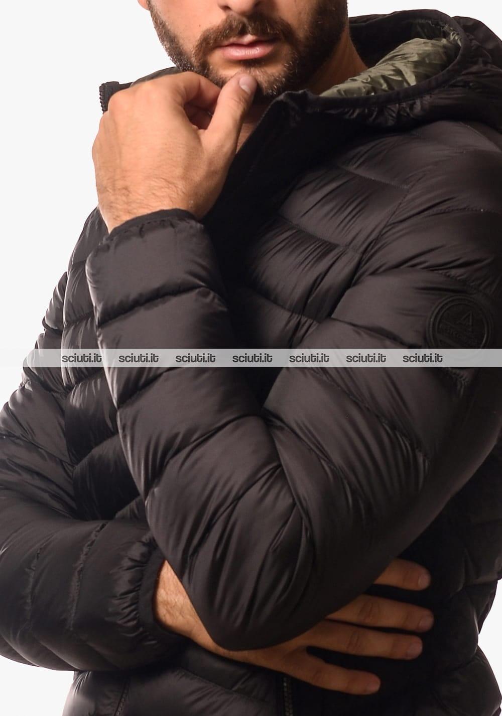 Piumino Best Company uomo in piuma con cappuccio nero