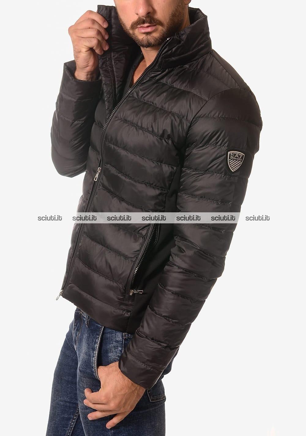 huge discount 66aab bf220 Piumino trapuntato Emporio Armani uomo senza cappuccio nero