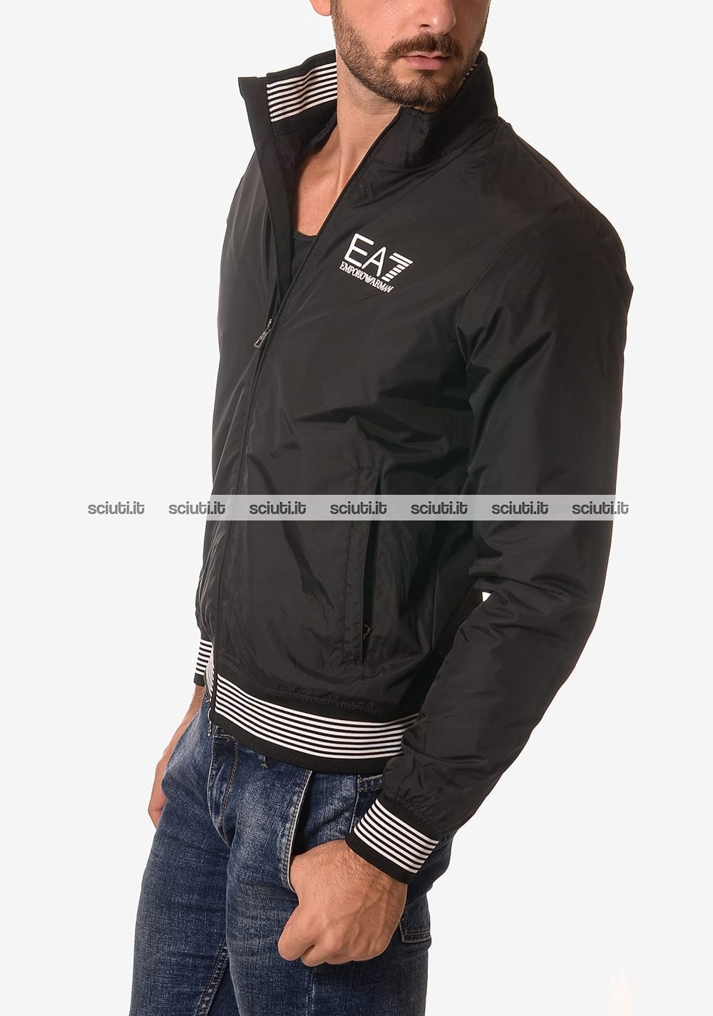 low priced d16a2 e1acb Giubbotto bomber Emporio Armani uomo bordi rigati nero ...