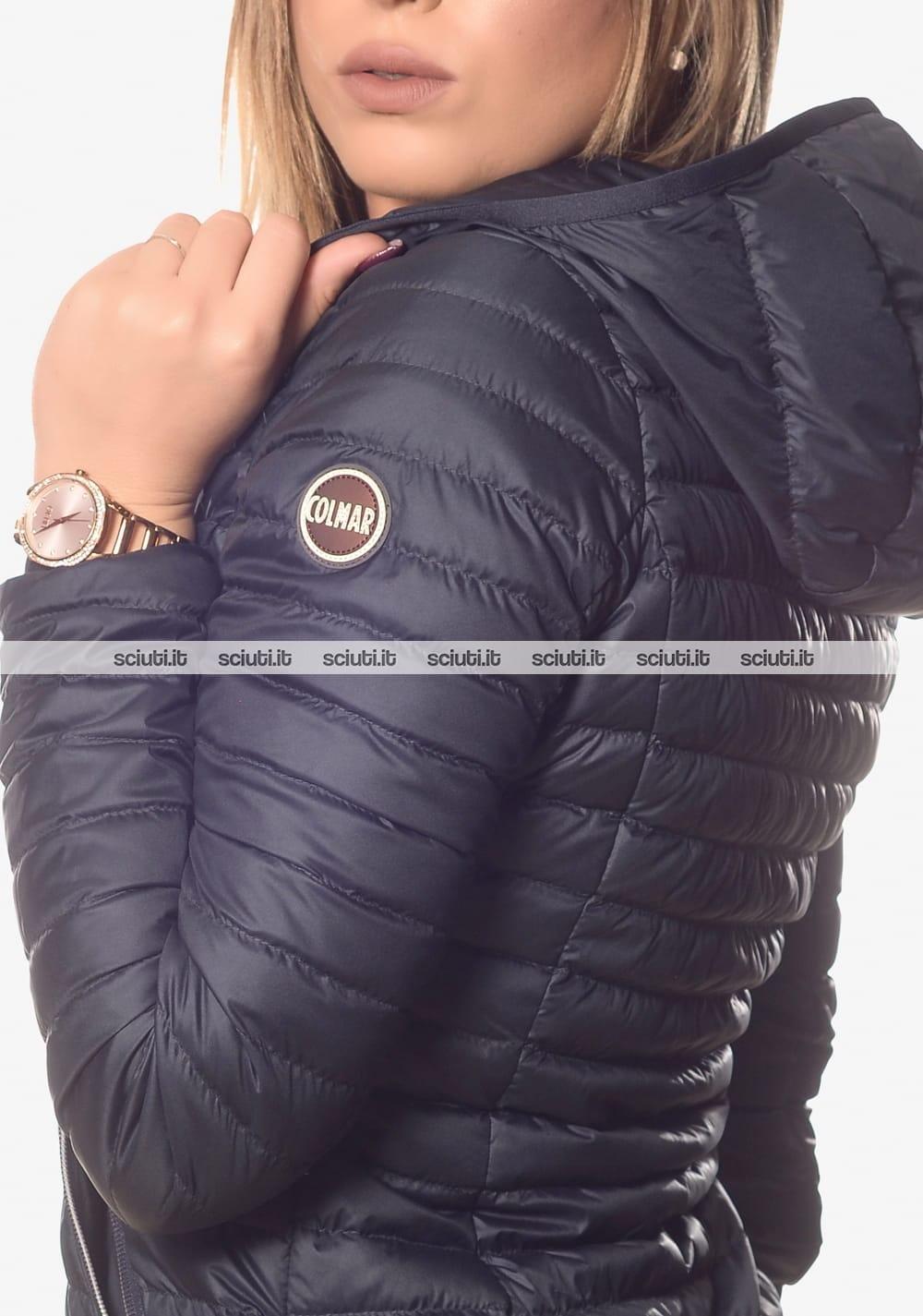 Piumino Colmar donna leggero con cappuccio blu | Sciuti.it