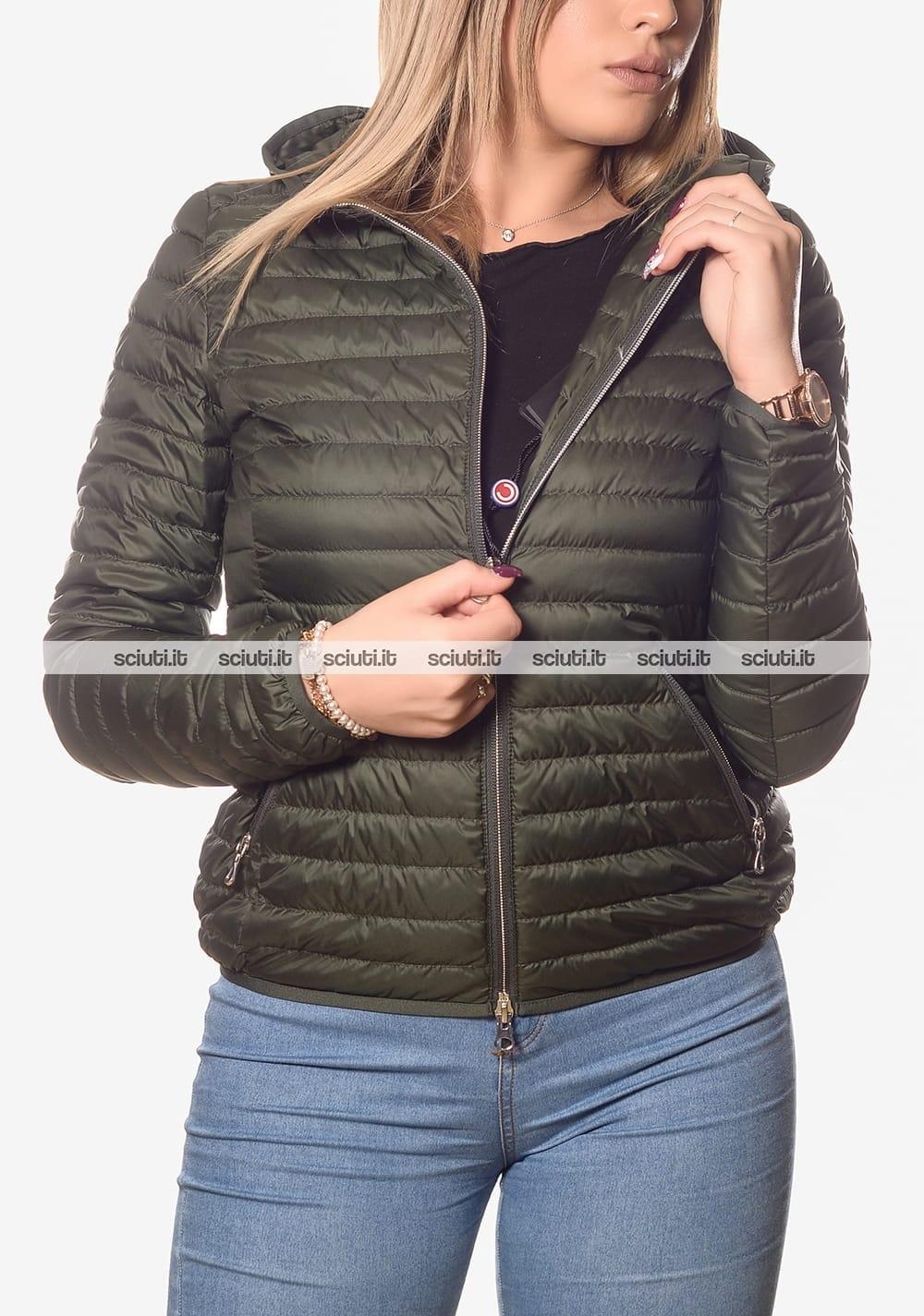 sale retailer cf9c2 85b61 Piumino Colmar donna leggero con cappuccio verde scuro ...