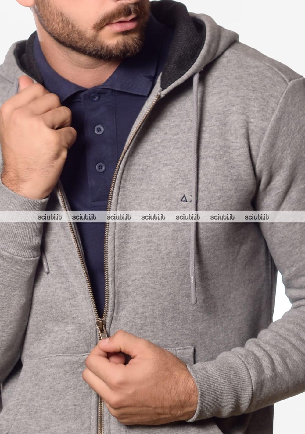3f96c101b0 Felpa Sun68 uomo con cappuccio fullzip toppe grigio chiaro | Sciuti.it