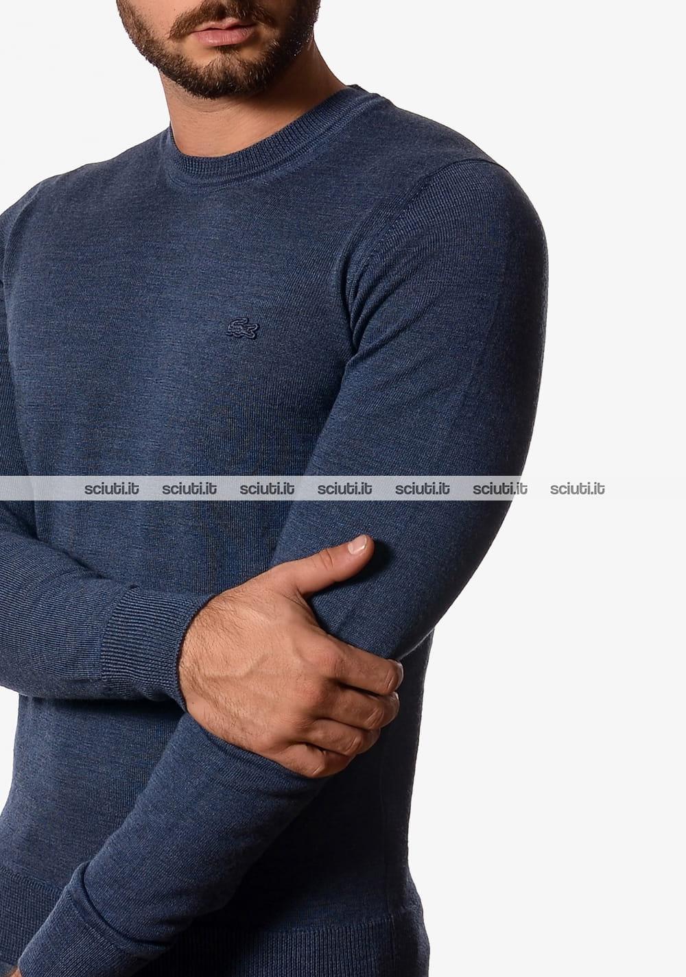 c144b68f61 Maglia girocollo Lacoste uomo in jersey di lana avion tinta unita ...
