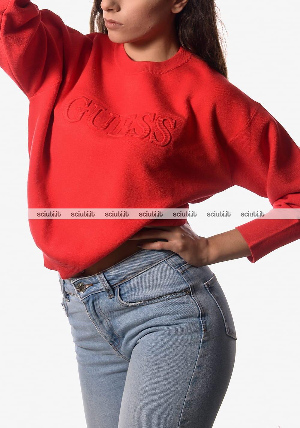 Maglia crop Guess donna logo in rilievo rosso   Sciuti.it