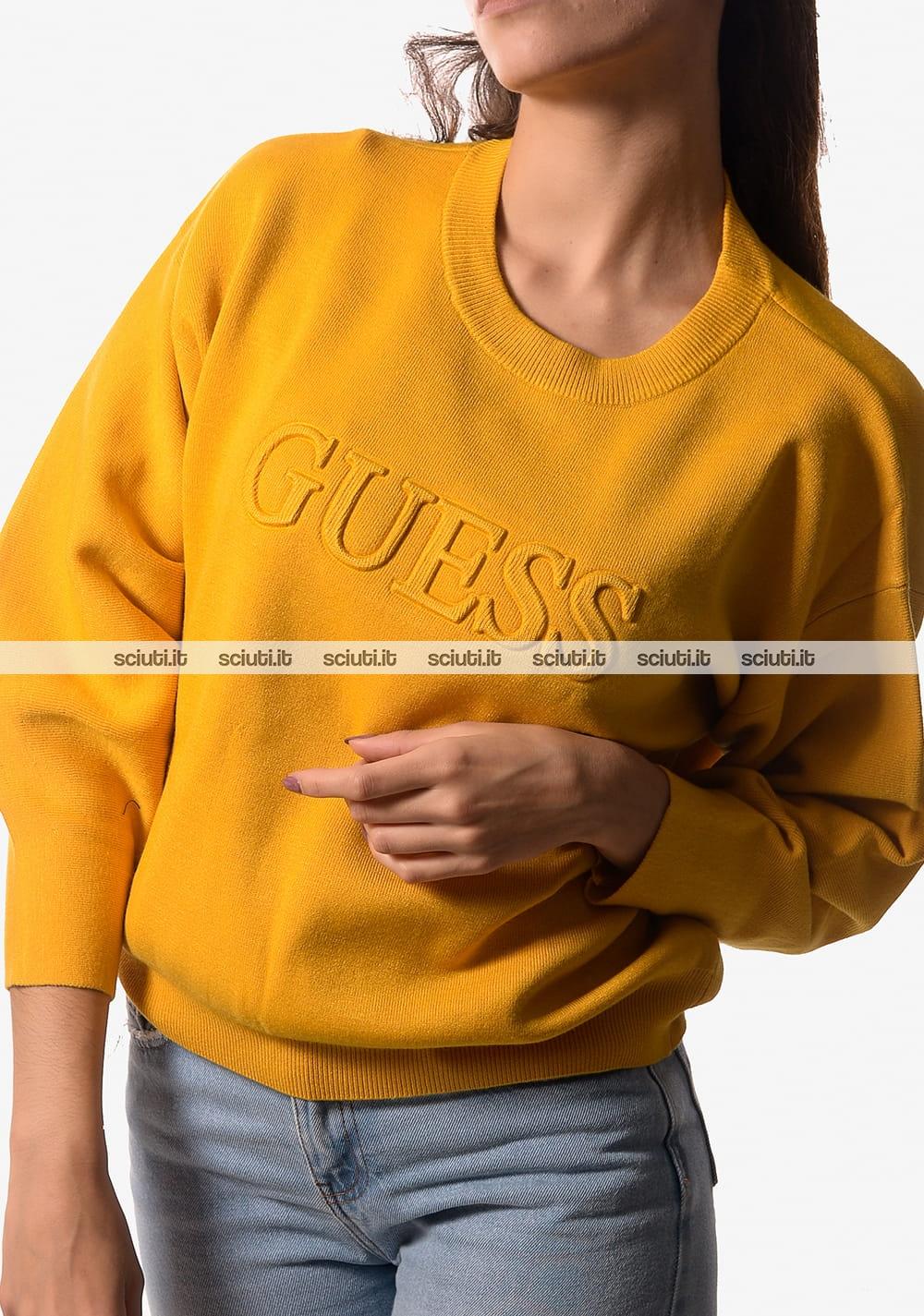 Maglia crop Guess donna logo in rilievo giallo | Sciuti it