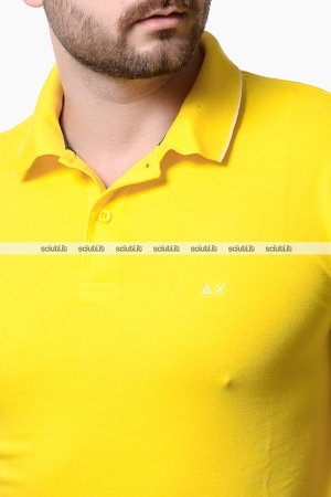Polo Sun68 uomo con bordi in contrasto giallo