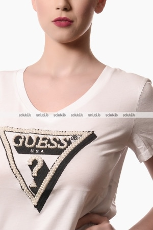 Tshirt Guess donna logo perle applicate bianco