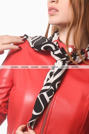 Giubbotto Guess donna rosso ecopelle con foulard